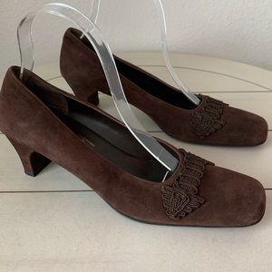 Vintage Salvatore Ferragamo Brown Suede Heels 8.5